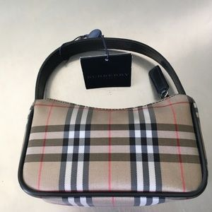 Burberry Classic Nova Check Mini Pochette